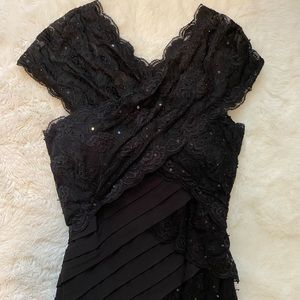 NWT Betsy & Adam Black Lace Ruched Evening Gown 4
